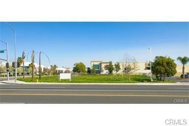 1405 S Grove Avenue, Ontario, CA 91761 (#WS18118310) :: Provident Real Estate
