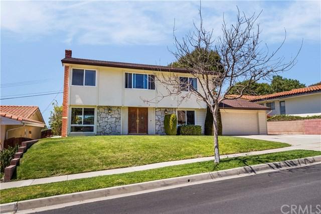 6925 Clovercliff Drive, Rancho Palos Verdes, CA 90275 (#PV18117503) :: Millman Team