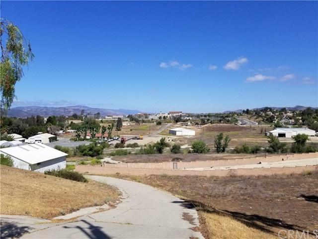 25195 Jackson Avenue, Murrieta, CA 92562 (#SW18118229) :: RE/MAX Empire Properties