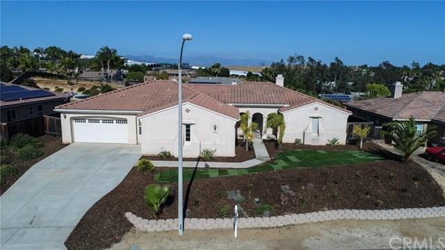 2364 Clearcrest Lane, Fallbrook, CA 92028 (#SW18118769) :: Kristi Roberts Group, Inc.