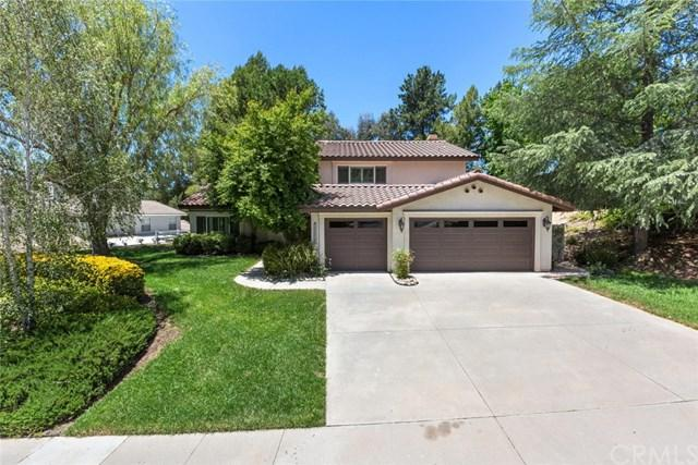 30042 Calle Halcon, Temecula, CA 92592 (#OC18116524) :: California Realty Experts