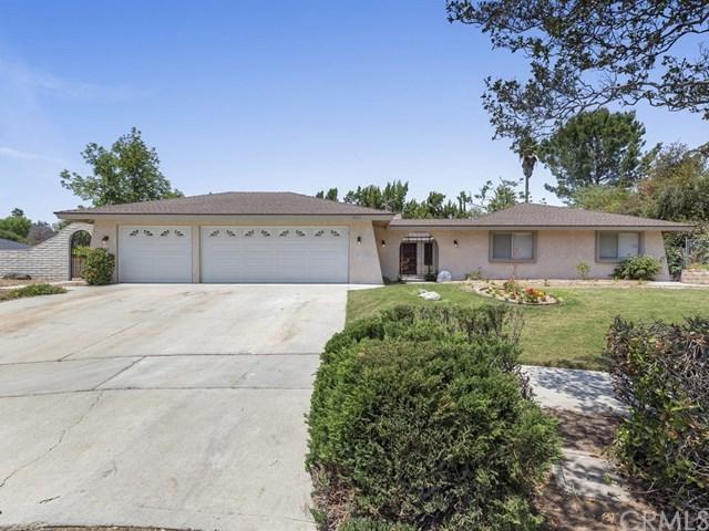 1025 Via Nuevo, Riverside, CA 92507 (#IV18119423) :: California Realty Experts