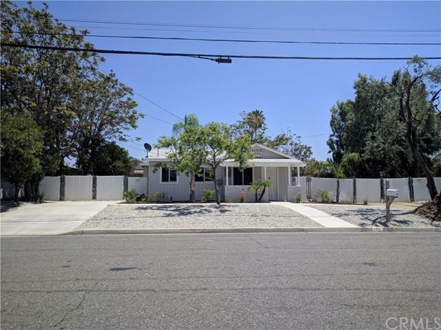 493 S Grand Avenue, San Jacinto, CA 92582 (#SW18120159) :: Lloyd Mize Realty Group