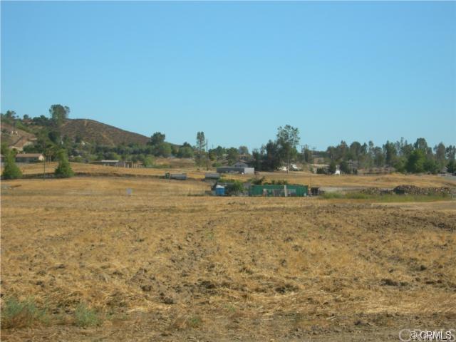 0 Loretta Road, Menifee, CA 92584 (#SW18119572) :: Allison James Estates and Homes