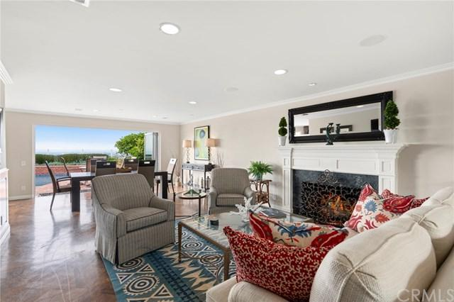 34 Mission Bay Drive, Corona Del Mar, CA 92625 (#NP18117420) :: Scott J. Miller Team/RE/MAX Fine Homes