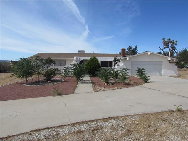 10224 Timberlane Avenue, Hesperia, CA 92345 (#OC18121425) :: Group 46:10 Central Coast