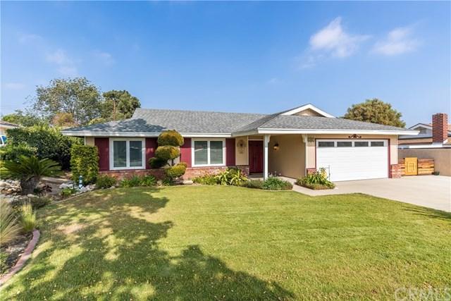 1452 N Victoria Avenue, Upland, CA 91786 (#CV18120347) :: Mainstreet Realtors®