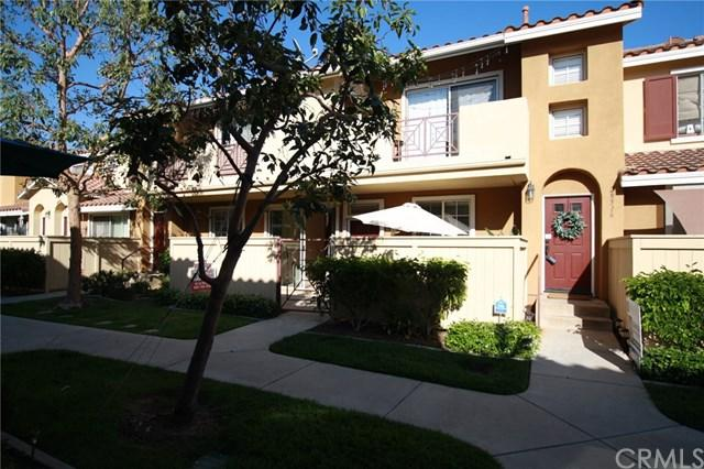 28514 Sorano Cove, Lake Forest, CA 92679 (#OC18121459) :: Doherty Real Estate Group