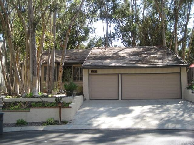25012 Castlewood, Lake Forest, CA 92630 (#OC18119457) :: DiGonzini Real Estate Group