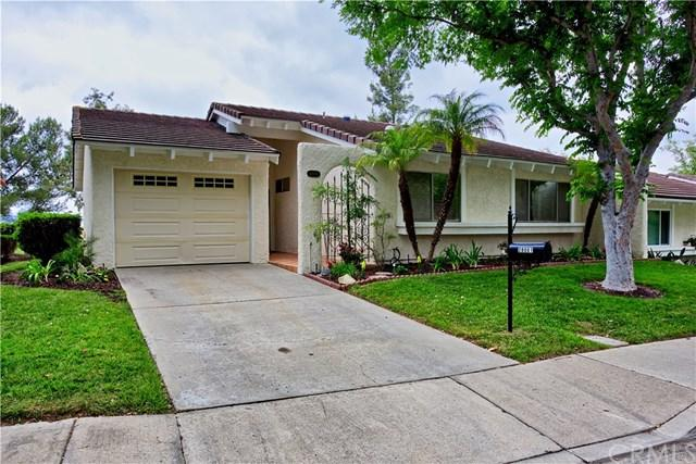 28001 Calle Valdes, Mission Viejo, CA 92692 (#OC18121642) :: Mainstreet Realtors®
