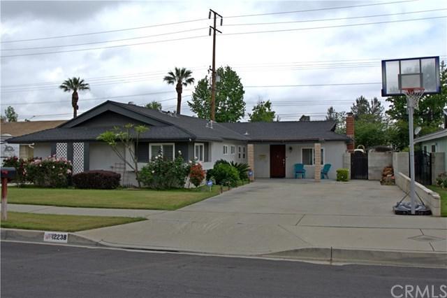 12238 Warbler Avenue, Grand Terrace, CA 92313 (#EV18121680) :: Mainstreet Realtors®
