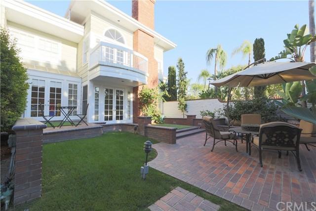 60 Belcourt Drive #28, Newport Beach, CA 92660 (#NP18121742) :: DiGonzini Real Estate Group
