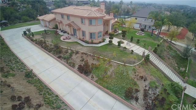 1296 Coronet Drive, Riverside, CA 92506 (#TR18115660) :: Group 46:10 Central Coast