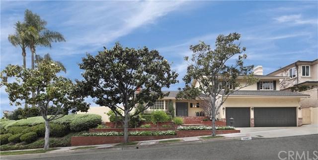2201 Alta Vista Drive, Newport Beach, CA 92660 (#NP18121370) :: DiGonzini Real Estate Group