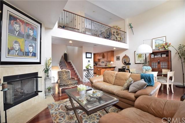 2605 Vanderbilt Lane B, Redondo Beach, CA 90278 (#SB18121033) :: Barnett Renderos