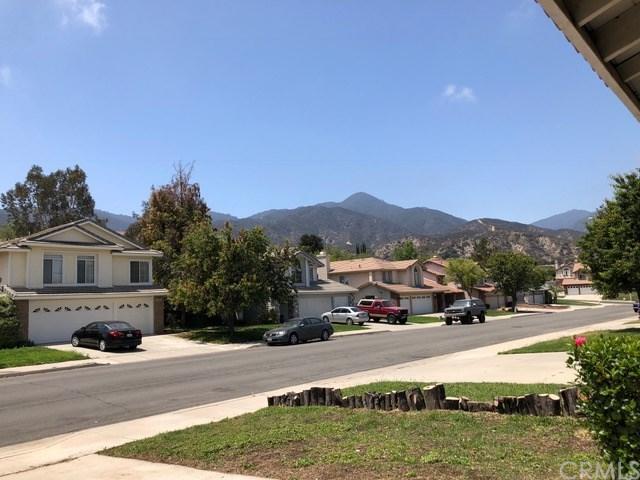 13166 Gold Rush Drive, Corona, CA 92883 (#OC18121992) :: Mainstreet Realtors®