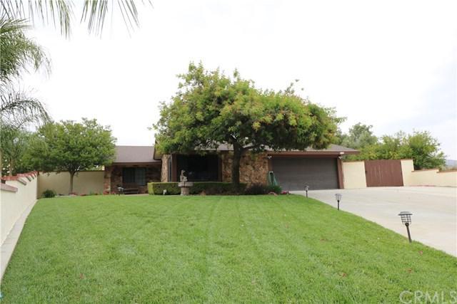 13840 Ranchero Drive, Fontana, CA 92337 (#IV18122235) :: Mainstreet Realtors®