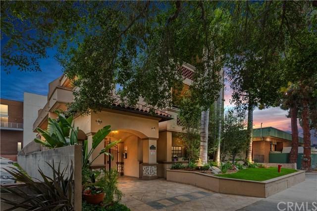 156 S Oak Knoll Avenue #107, Pasadena, CA 91101 (#AR18122196) :: Mainstreet Realtors®