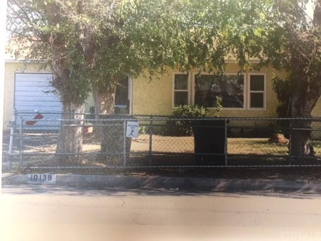 10139 Oleander Avenue, Fontana, CA 92335 (#CV18122449) :: Mainstreet Realtors®