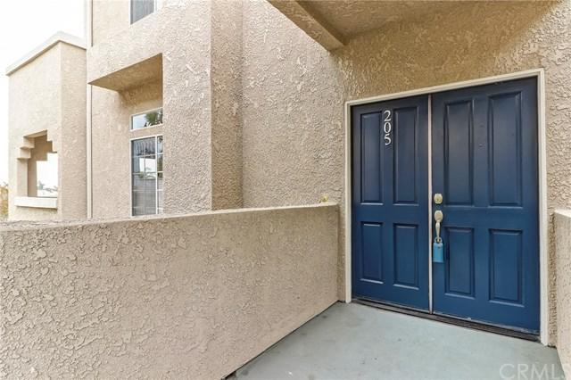 4581 Warner Avenue #205, Huntington Beach, CA 92649 (#OC18122541) :: Scott J. Miller Team/RE/MAX Fine Homes
