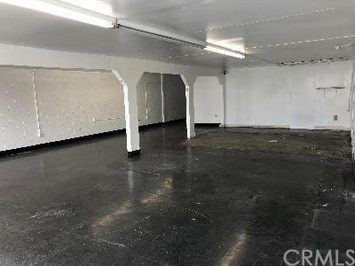 1818 E Compton Boulevard, Compton, CA 90221 (#CV18122814) :: IET Real Estate