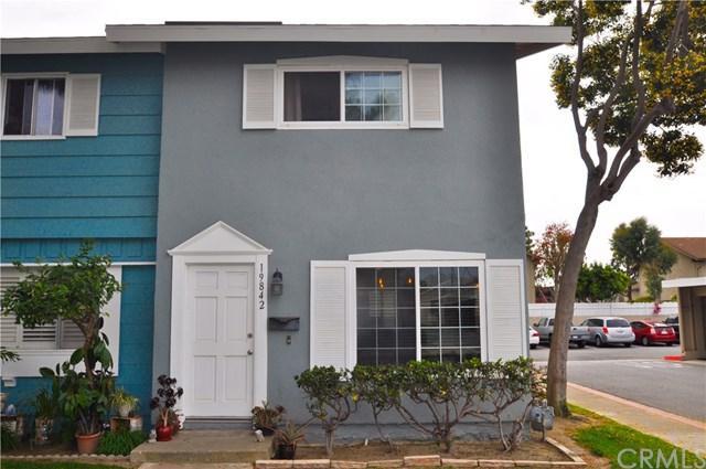19842 Keswick Lane, Huntington Beach, CA 92646 (#OC18122857) :: Scott J. Miller Team/RE/MAX Fine Homes