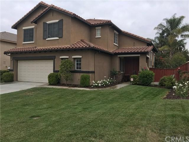 8668 Farmhouse Lane, Riverside, CA 92508 (#IV18122671) :: The DeBonis Team