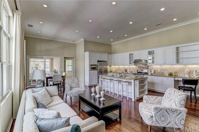 35 Mayfair, Irvine, CA 92620 (#NP18116768) :: Scott J. Miller Team/RE/MAX Fine Homes