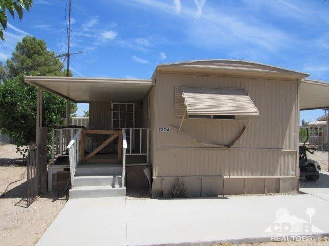 2306 Riviera Drive, Blythe, CA 92225 (#218015832DA) :: The Darryl and JJ Jones Team