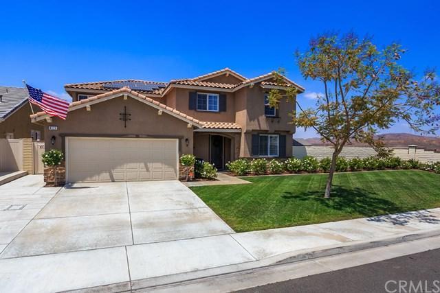 4126 Pearl Street, Lake Elsinore, CA 92530 (#IV18123676) :: Kristi Roberts Group, Inc.