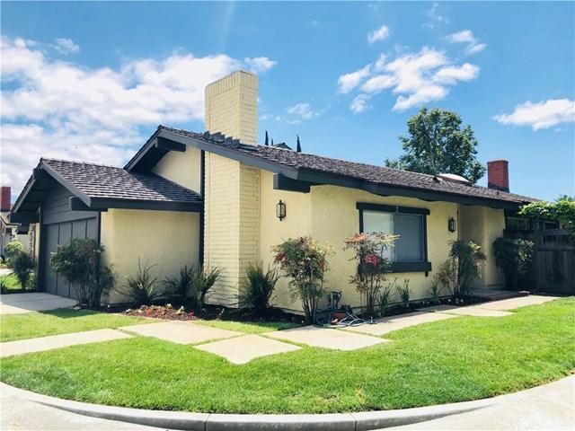 2 Star Thistle, Irvine, CA 92604 (#OC18124285) :: Fred Sed Group