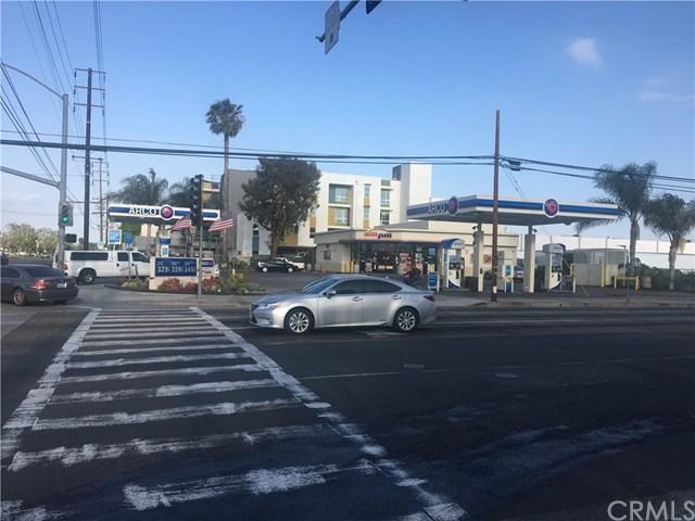 1202 E Orangethorpe Avenue, Fullerton, CA 92831 (#OC18124549) :: RE/MAX Masters