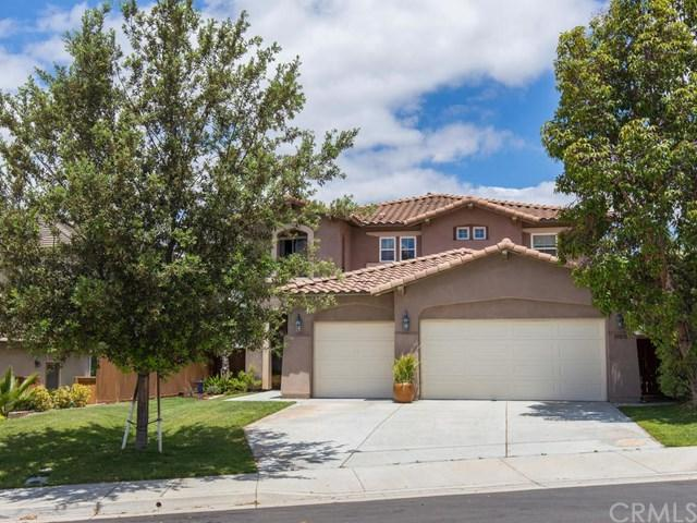 33878 Madrigal Court, Temecula, CA 92592 (#SW18124419) :: Kristi Roberts Group, Inc.