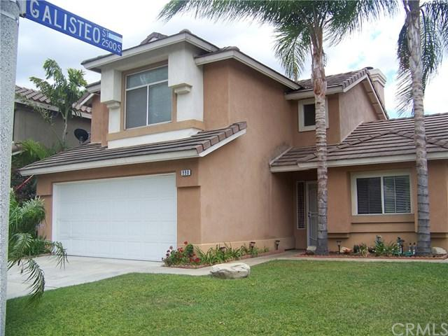 990 Solano Street, Corona, CA 92882 (#PW18125185) :: Kristi Roberts Group, Inc.