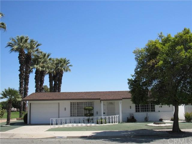 1341 W Mayberry Avenue, Hemet, CA 92543 (#SW18125399) :: Berkshire Hathaway Home Services California Properties