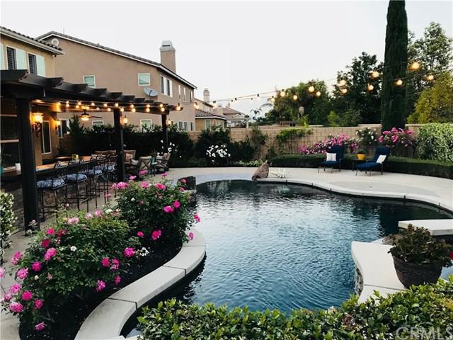 7890 Serenity Falls Road, Corona, CA 92880 (#IG18122660) :: Kristi Roberts Group, Inc.