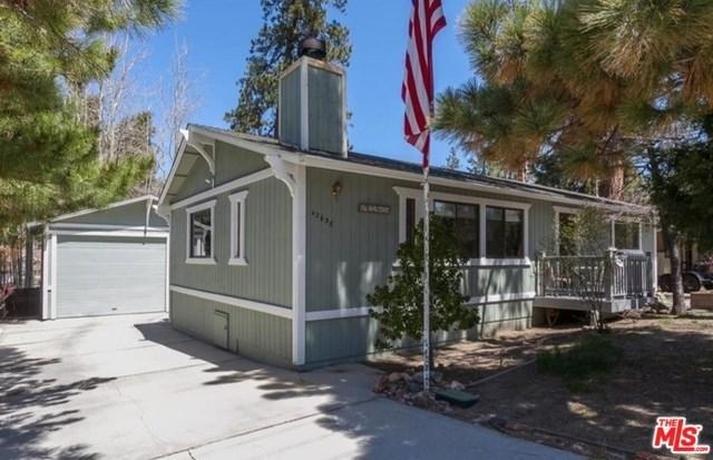 42638 Fox Farm Road, Big Bear, CA 92315 (#18350588) :: Z Team OC Real Estate