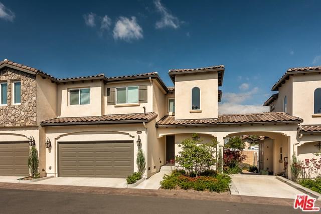 1529 Patricia Avenue #4, Simi Valley, CA 93065 (#18352036) :: RE/MAX Parkside Real Estate