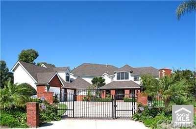 25732 Bucklestone Drive, Laguna Hills, CA 92653 (#DW18136582) :: Brad Feldman Group