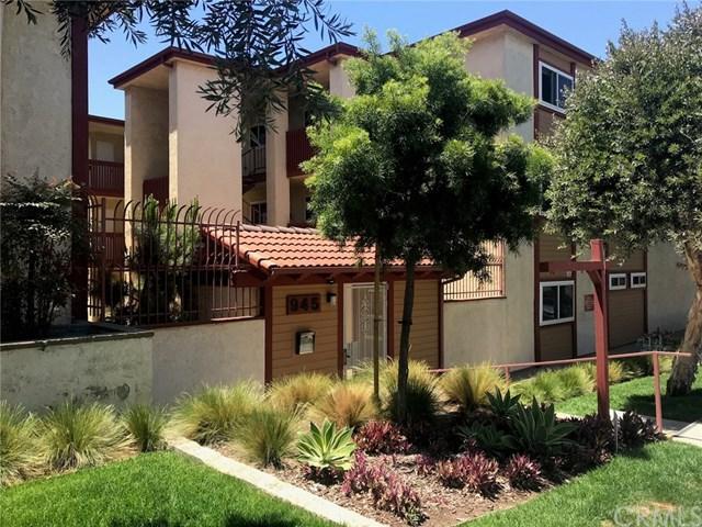 945 Pepper Street #211, El Segundo, CA 90245 (#SB18136744) :: Go Gabby