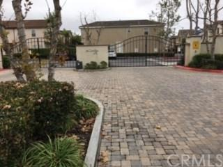 1217 Valle Court, Torrance, CA 90502 (#PW18141690) :: Kristi Roberts Group, Inc.
