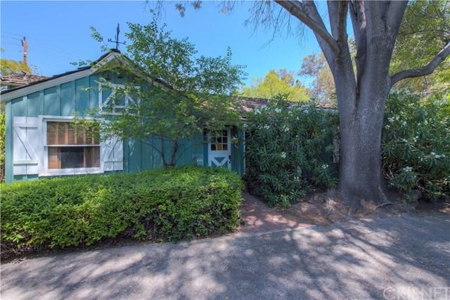 4724-3/8 Forman Lane, Toluca Lake, CA 91602 (#SR18141022) :: The Brad Korb Real Estate Group