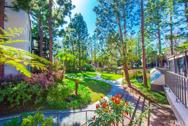 7765 W 91st Street A2126, Playa Del Rey, CA 90293 (#SB18141772) :: Team Tami
