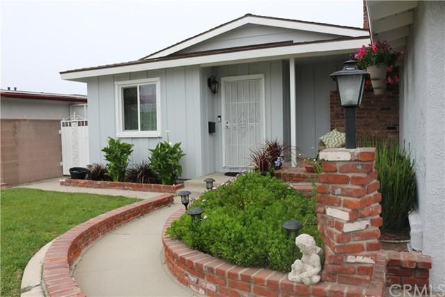 24611 Walnut Street, Lomita, CA 90717 (#SB18142783) :: Kristi Roberts Group, Inc.