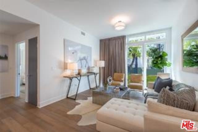 125 Hurlbut Street #112, Pasadena, CA 91105 (#18355216) :: The Brad Korb Real Estate Group