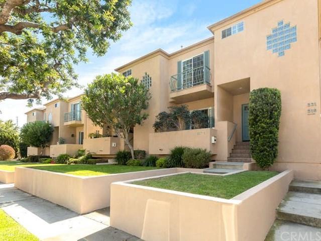 221 Whiting Street #2, El Segundo, CA 90245 (#SB18143798) :: Go Gabby