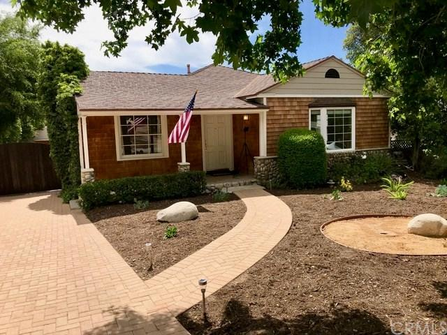 4852 La Canada Boulevard, La Canada Flintridge, CA 91011 (#PI18143982) :: The Brad Korb Real Estate Group