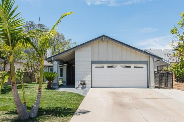 2429 S Lois Street, West Covina, CA 91792 (#TR18143993) :: RE/MAX Masters