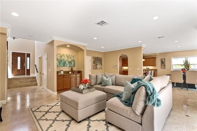 1716 251st Street, Lomita, CA 90717 (#CV18144120) :: Kristi Roberts Group, Inc.