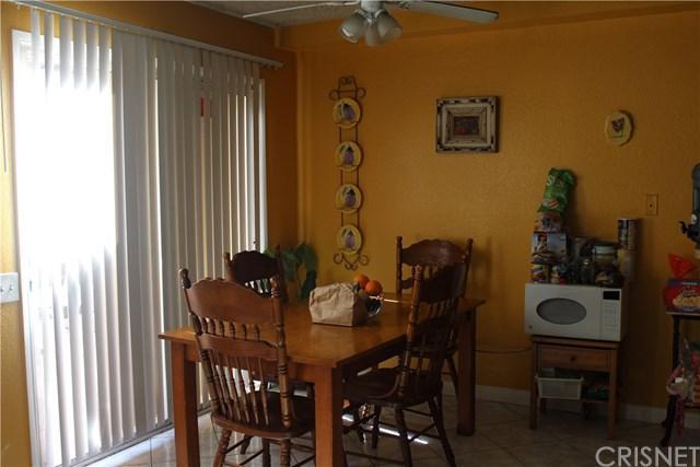 14265 Terra Bella Street #63, Panorama City, CA 91402 (#SR18143203) :: The Brad Korb Real Estate Group